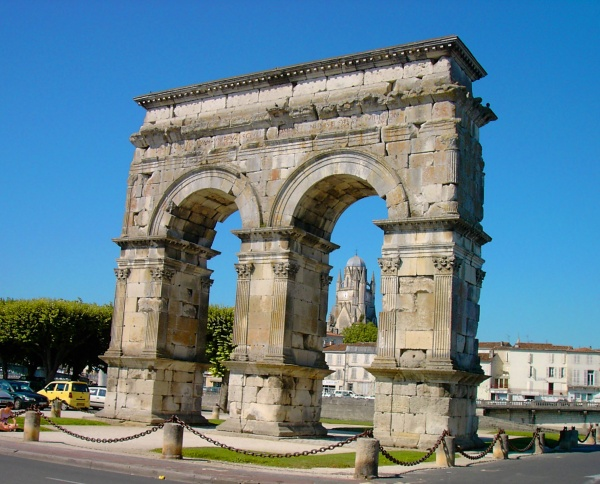 Photo Saintes - l'Arc de Germanicus - Saintes (17)