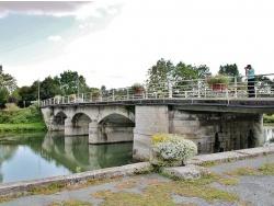Photo paysage et monuments, Tonnay-Boutonne - Pont sur La Boutonne