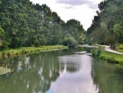 Photo paysage et monuments, Tonnay-Boutonne - La Boutonne