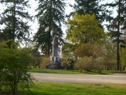 Photo paysage et monuments, Brinon-sur-Sauldre - jardin