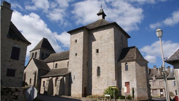 Photo Auriac - église St Côme st damien