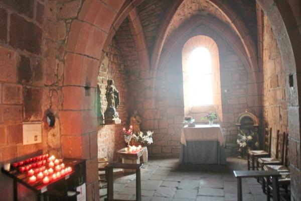 Photo Collonges-la-Rouge - église St pierre