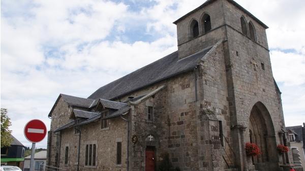 Photo Neuvic - église St Etienne