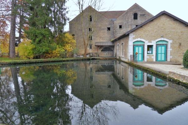 Beaune.21.ancien moulin sur la Bouzaize.