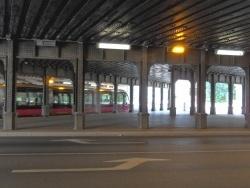 Photo paysage et monuments, Dijon - Dijon.21.Sous le pont de L'Arquebuse.