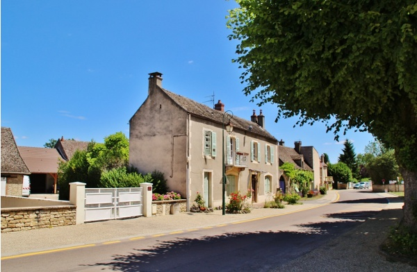 Photo Merceuil - Le Village
