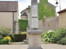 Photo paysage et monuments, Montagny-lès-Beaune - le monument aux morts