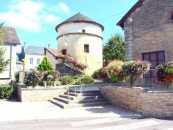 Photo paysage et monuments, Pouilly-en-Auxois - Pouilly en Auxois;Centre ville .2.