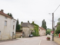 Photo paysage et monuments, La Rochepot - Le Village