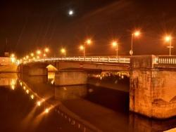 Photo paysage et monuments, Saint-Jean-de-Losne - Pont de St jean de losne de nuit sans flash