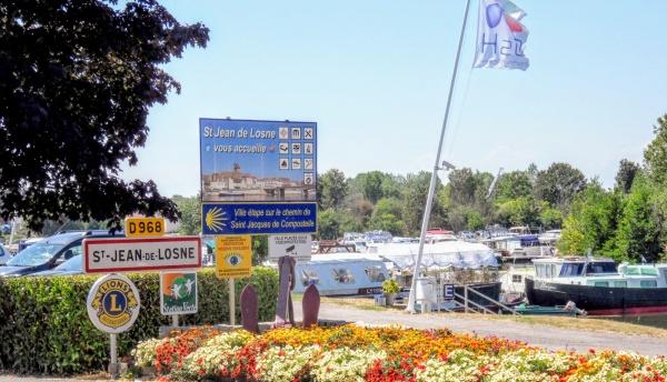 Saint-Jean-de-Losne. 21. La gare d'eau.