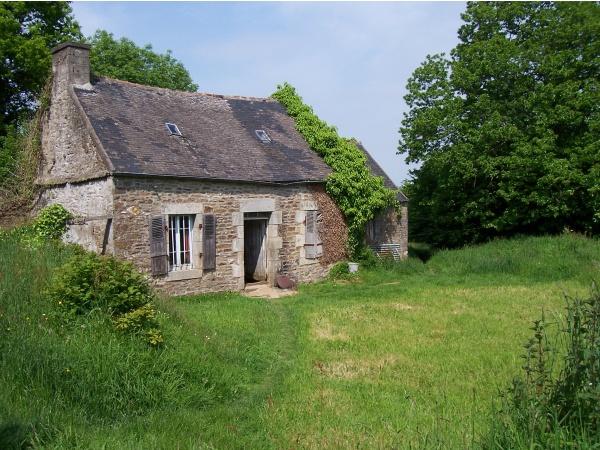 Belle isle en terre ancienne maison dans la campagne for La maison de campagne