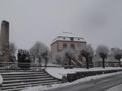 Photo paysage et monuments, Cressat - la mairie en hiver