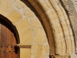 Photo faune et flore, Alles-sur-Dordogne - église St Etienne ( Détail du Portail )