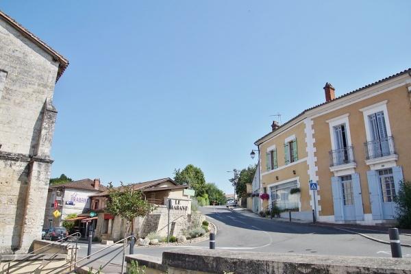 Photo Bassillac - le Village