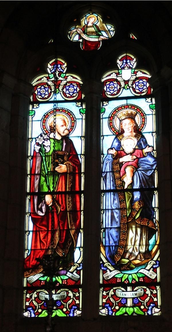 Photo Beaumont-du-Périgord - Vitraux St Laurent