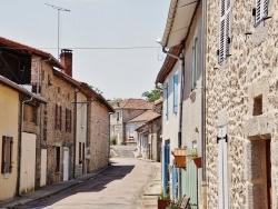 Photo paysage et monuments, Busserolles - Le Village