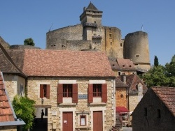 Photo paysage et monuments, Castelnaud-la-Chapelle - Mairie