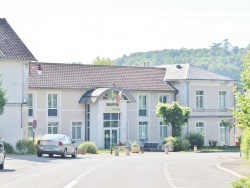 Photo paysage et monuments, Château-l'Évêque - la Mairie