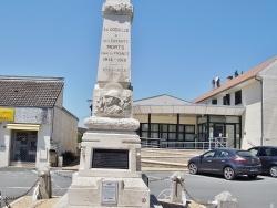 Photo paysage et monuments, La Coquille - le monument aux morts