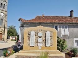 Photo paysage et monuments, Dussac - le monument aux morts