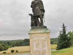 Photo paysage et monuments, Excideuil - la Statue