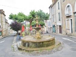 Photo paysage et monuments, Excideuil - la Fontaine