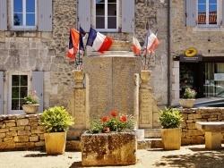 Photo paysage et monuments, Gout-Rossignol - Monument-aux-Morts