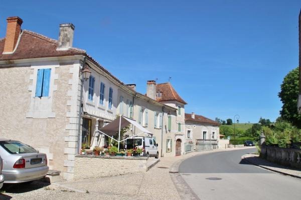 Photo Grand-Brassac - le village