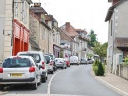 Photo paysage et monuments, Hautefort - Le Village