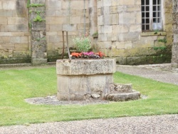 Photo paysage et monuments, Hautefort - le puit