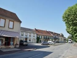 Photo paysage et monuments, Lanouaille - le village