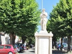 Photo paysage et monuments, Mareuil - le Monument Aux Morts