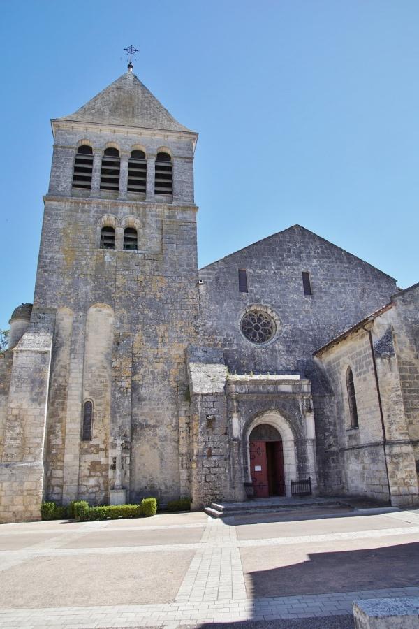 Photo Mareuil - église saint pardoux