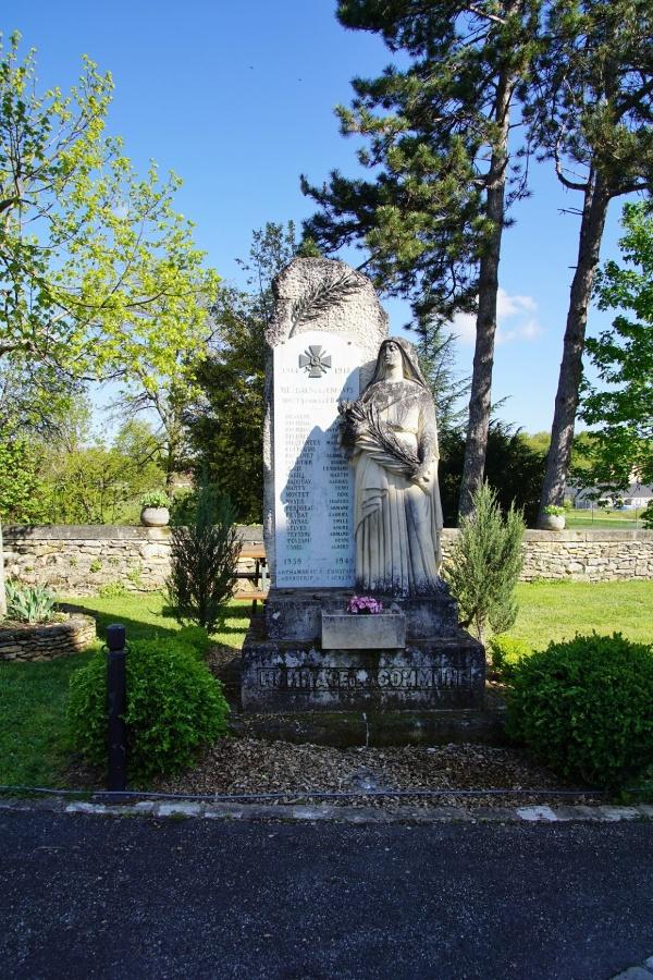 Photo Meyrals - le monument aux morts