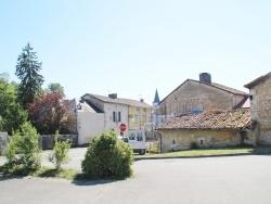 Photo paysage et monuments, Négrondes - Le Village