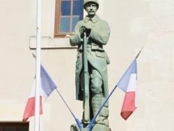 Photo paysage et monuments, Paussac-et-Saint-Vivien - le Monuments Aux Morts