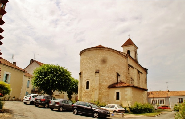 Photo Saint-Méard-de-Drône - église Saint-Mèdard