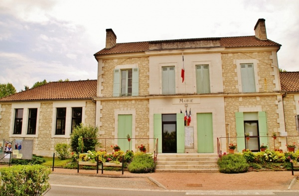 Photo Saint-Méard-de-Drône - La Mairie