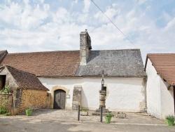 Photo paysage et monuments, Temple-Laguyon - église Saint Jean baptiste