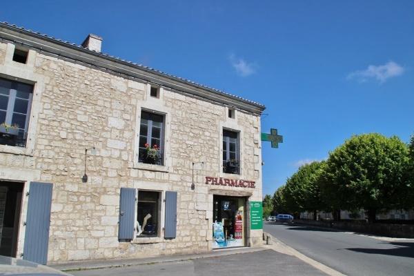 Photo La Tour-Blanche - le village