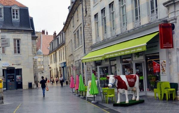 Besançon. Place Pasteur.