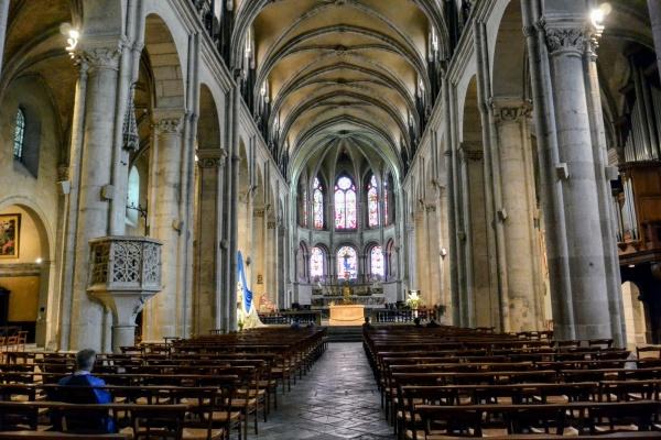 Photo Besançon - Besançon. cathédrale Saint-Jean.B.