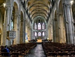 Photo paysage et monuments, Besançon - Besançon. cathédrale Saint-Jean.B.
