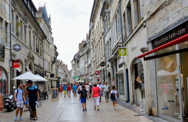 Photo Besançon - Besançon, Grande rue.C.