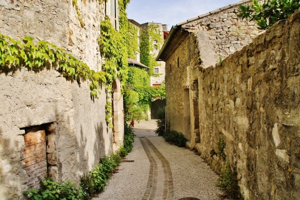 Photo La Bégude-de-Mazenc - La Commune