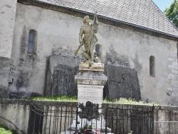 Photo paysage et monuments, Lus-la-Croix-Haute - le Monument Aux Morts