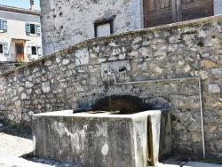Photo paysage et monuments, Saint-Julien-en-Quint - la Fontaine
