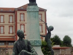 Photo dessins et illustrations, Chartres - statue
