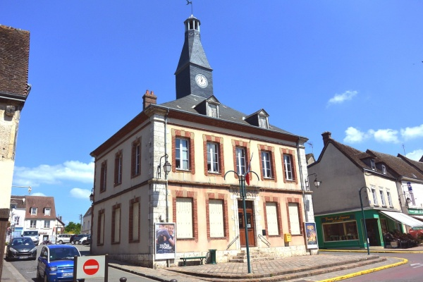 Photo Courville-sur-Eure - Courville sur Eure.27-Mairie.